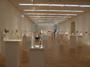Isa Genzken - Blick in die Ausstellung 01.2016